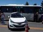 Acidente com micro ônibus deixa dois feridos em Campos, no RJ