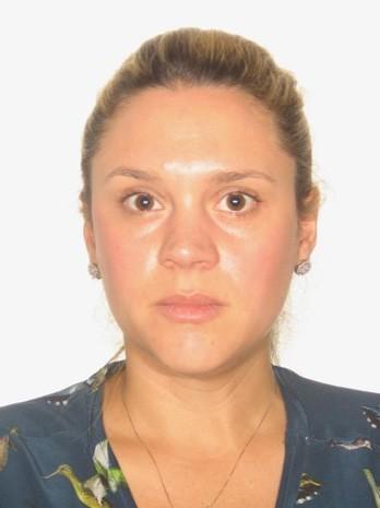 Ana Luiza Viacava, presa na manhã desta terça (5) pela Polícia Federal, no Aeroporto de Guarulhos, é irmã de pecuarista que causou danos à Floresta Amazônica. Ela tentava destruir de provas em favor da organização criminosa, mesmo de férias nos Estados Unidos (Foto: Divulgação/Polícia Federal)