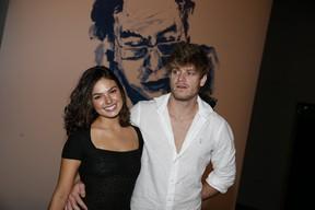 Isis Valverde com o namorado, Tom Rezende, em show no Rio (Foto: Felipe Panfili/ Ag. News)
