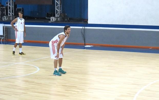 Nicolas Laprovittola basquete jogo Flamengo (Foto: Marcello Pires)