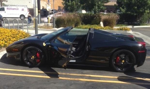 Earnie Hooks foi acusado de roubar a mesma Ferrari duas vezes (Foto: Fontana Police Department/AP)