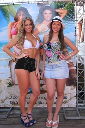 Ex-panicat Carol Narizinho e ex-BBB Maria em evento em Florianópolis (Foto: Gabriel Rangel/ Ag. News)