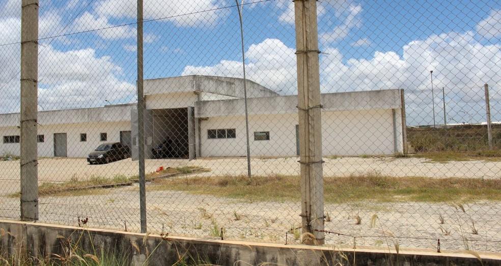 Governo de Pernambuco ofereceu área do complexo prisional inacabado em Itaquitinga para receber presídio federal (Foto: Bancada de Oposição Alepe/Divulgação/Arquivo)