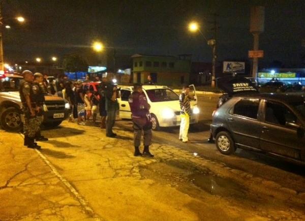 Operação com a finalidade de reprimir a criminalidade nas zonas Norte e Leste de Manaus (Foto: Anderson Vasconcelos/G1)