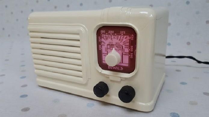 Pi Zero Talking Radio toca suas notificações (Foto: Reprodução/MisterM)
