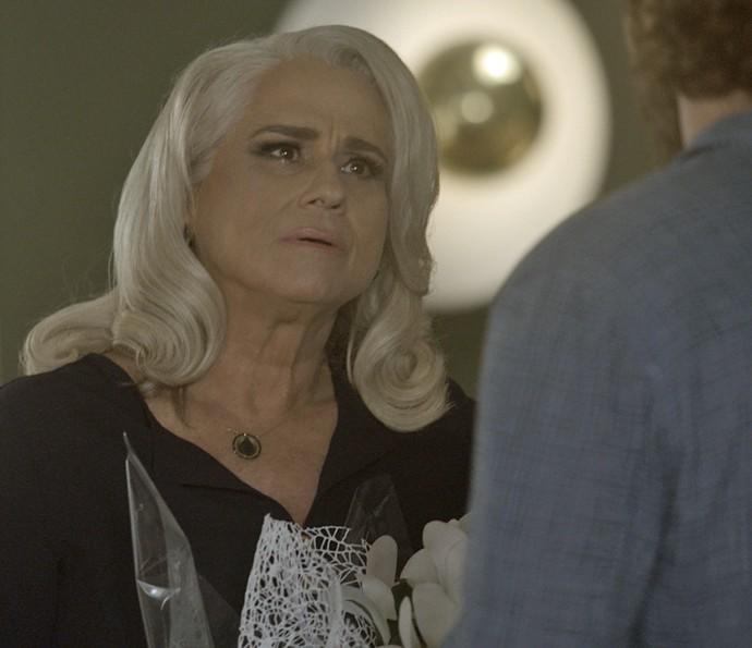 Mág fica sabendo que Venturini a denunciou (Foto: TV Globo)
