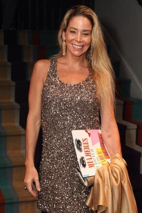 Danielle Winits em peça no Rio (Foto: Anderson Borde/ Ag. News)