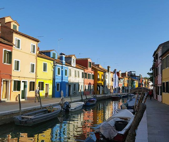 Burano, Itália (Foto: Reprodução / Facebook)