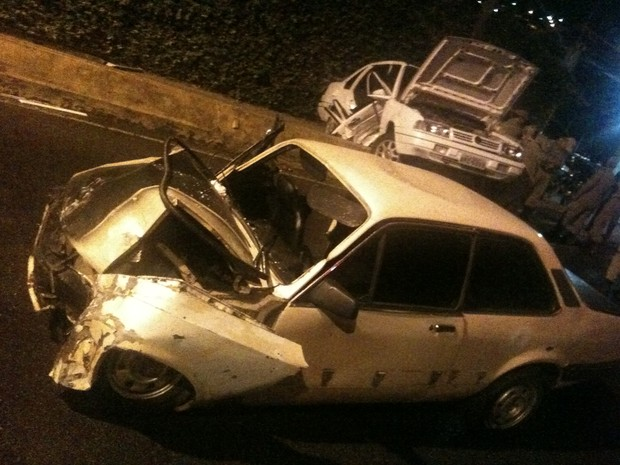 acidente nova friburgo  (Foto: Luciano Guimarães/Inter TV)