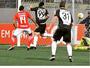 """Atacante comemora """"gol de espora""""  no Galo e brinca: """"Fred vai te bicar"""""""