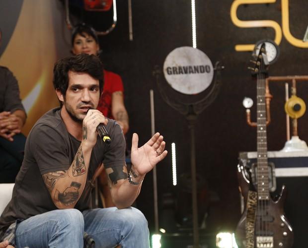 Vocalista do conjunto Scambo também é ator (Foto: Raphael Dias/Gshow)