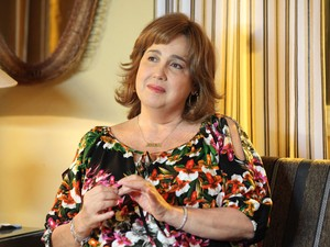Claudia celebra volta a TV (Foto: Camila Camacho/TV Globo)