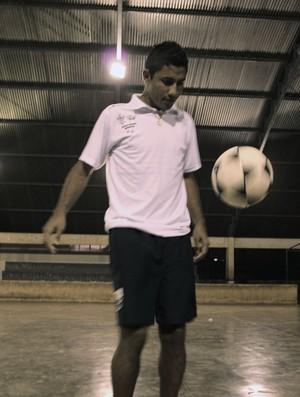 Paulo Roberto Lima, Robby, meia-atacante (Foto: Hugo Crippa/GLOBOESPORTE.COM)