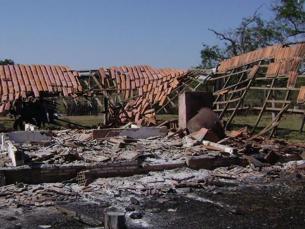 Fazenda teria sido incendiada por traficantes (Foto: Arquivo pessoal)