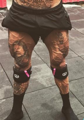 Veias saltadas nas pernas de Lucas Lucco (Foto: Reprodução/Instagram)