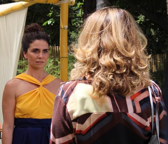 Alice se assusta com discurso de Ana Clara (Foto: Maria Clara Lima / Gshow)