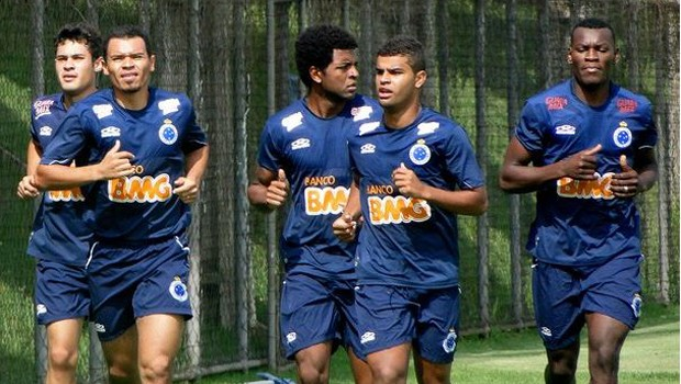 Concentração do jogadores do Cruzeiro para jogo desta quarta (Foto: Tarcísio Badaró / Globoesporte.com)