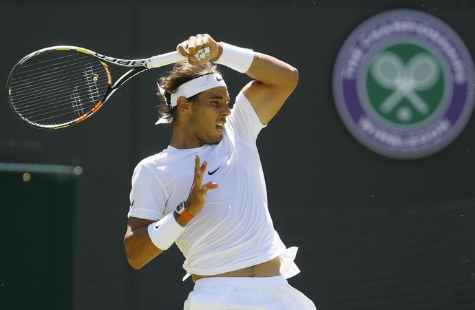 Rafael Nadal x Thomaz Bellucci em Wimbledon (Foto: AP Photo/Kirsty Wigglesworth)