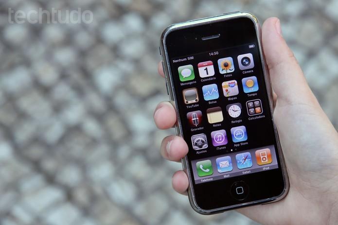 Primeiro iPhone (Foto: Anna Kellen Bull/TechTudo)