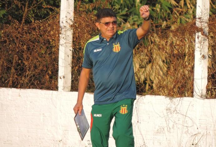 Técnico Flávio Araújo fala em busca por agressividade para livrar Sampaio do rebaixamento (Foto: Sampaio / Divulgação)