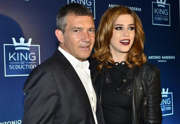 Antonio Banderas e Sophia Abrahão (Foto: Roberto Teixeira / Ego)
