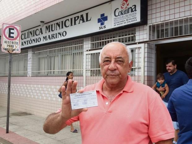 Em Colatina, quem também procurou o posto de vacina logo cedo foi Carlos Roberto Rachid, 64 anos, aposentado (Foto: Brunela Alves/ A Gazeta)