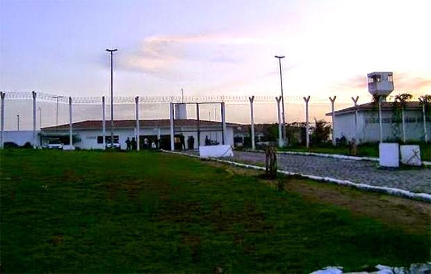 Com ajuda de 'teresa', presos fogem da Cadeia Pública de Nova Cruz, RN