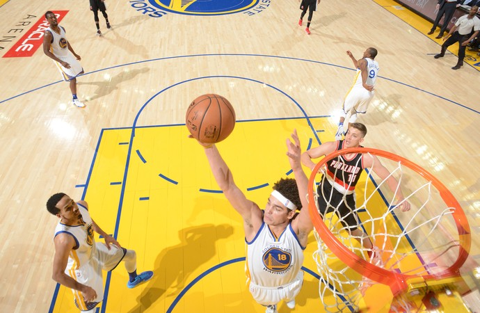 Anderson Varejão Warriors x Blazers NBA (Foto: Getty)