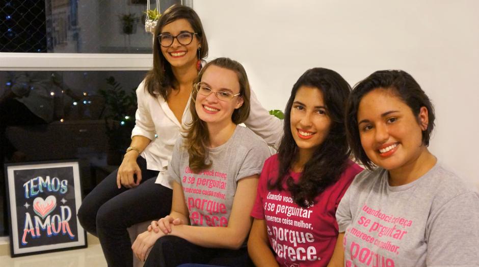Da esquerda para a direita: Aline Silveira, Carolina Cani, Mariana Alburqueque e Lhas Rodrigues, fundadoras do Mete a Colher (Foto: Divulgação)