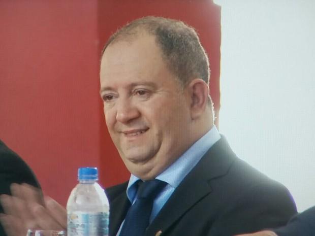 Geraldo Hilário assumiu como prefeito de Timóteo devido a liminar concedida por ministro do STF (Foto: Breno Pinheiro/InterTV dos Vales)