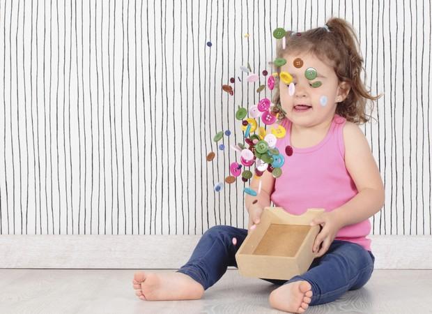 menina; brincando; brincadeira; toddler (Foto: Thinkstock)
