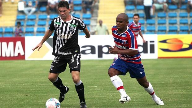 Mota Marinho Donizete jogo Ceará Fortaleza (Foto: LC Moreira / Futura Press)