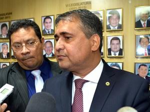 Moisés Souza, presidente da Assembleia do Amapá, indicou nomes (Foto: Abinoan Santiago/G1)