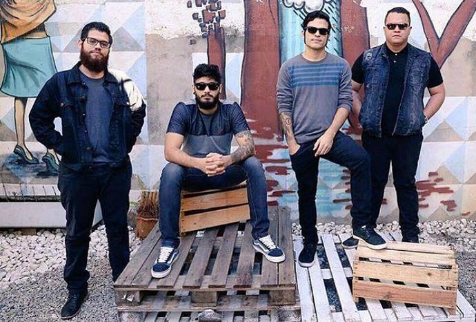 Versalle é indicada ao Grammy Latino como melhor álbum de rock pelo disco 'Distante em Algum Lugar' (Foto: Verssale/Reprodução)