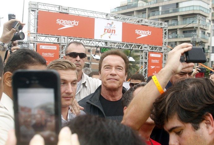 Arnold Schwarzenegger corrida Recreio (Foto:  Maurício Val/VIPCOMM )