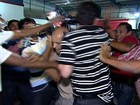 Equipe de reportagem é agredida por cabos eleitorais em Vila Velha