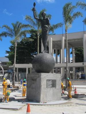 maracanã obras 17/04/2013 (Foto: Marcelo Baltar)
