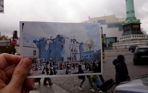 Damien Hypolite também levou foto de 'Assassin's Creed Unity' à praça em Paris onde ficava a Bastilha (Foto: Arquivo Pessoal/Damien Hypolite)