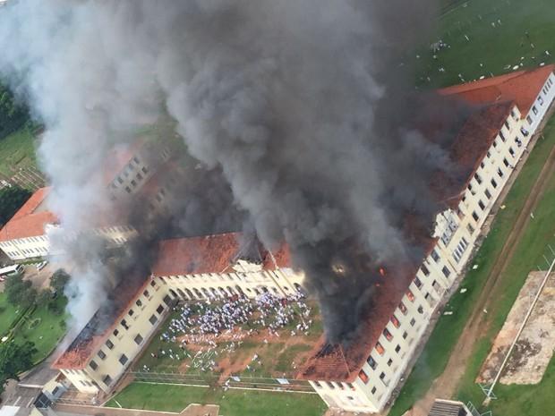 Pavilhões do CPP 3 ficaram destruídos (Foto: Arquivo Pessoal)