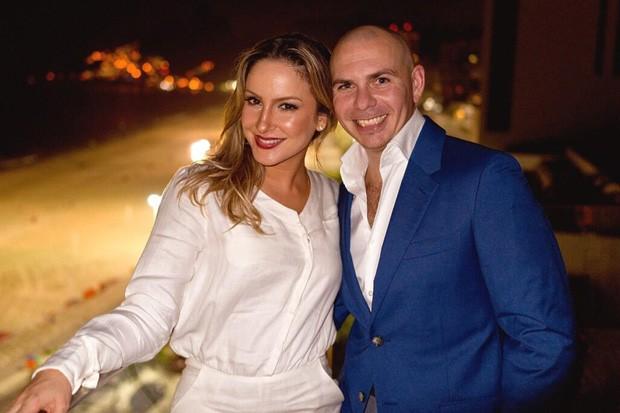 Claudia Leitte e Pitbull (Foto: Divulgação)