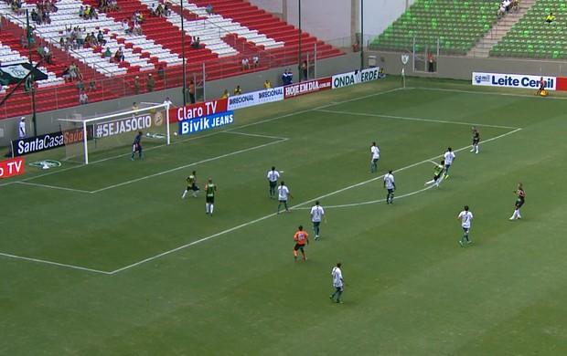 Wanderson marca o gol do América-MG (Foto: Reprodução / TV Globo Minas)