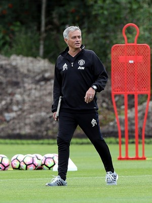 José Mourinho técnico Manchester United (Foto: Getty Images)