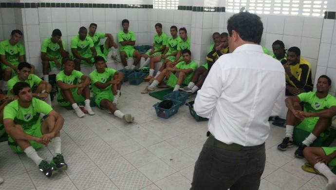 Lorival Santos, técnico do Murici (Foto: Jailson Colácio/Assessoria Murici)