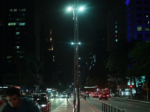 14/12/2015: Avenida Paulista não terá palco com decoração de Natal este ano (Foto: Caio Kenji/G1)
