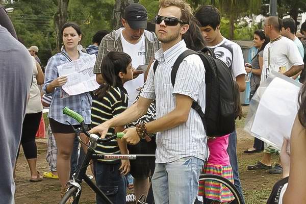 Muita gente que curte bicicleta veio para a Musicleta com suas companheiras inseparáveis (Foto: Euricles Macedo/RPC TV)