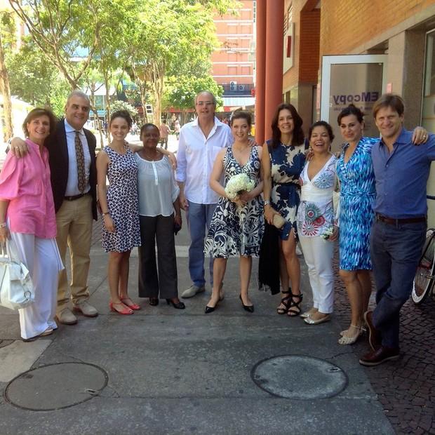 Luise Wischermann após oficializar a união em um cartório do Rio (Foto: Reprodução/Facebook)