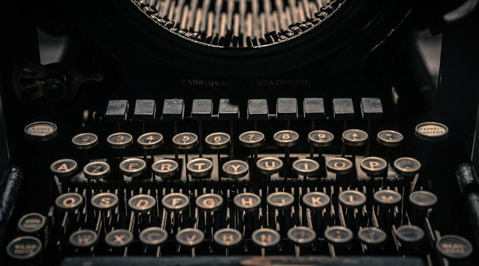 """Governo diz que cargos como datilógrafo """"deixaram de ser necessários na administração pública"""" (Foto: Pixabay)"""