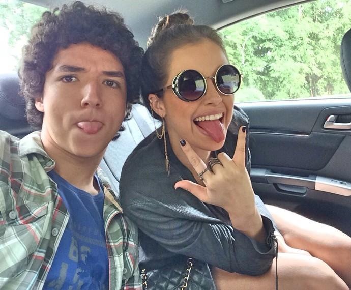 João Vitor Silva e Agatha Moreira emocionaram o público como irmãos (Foto: Arquivo pessoal)