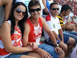 Simone do Carmo de Faria  Leandro de Morais  torcedor Guarani-MG Divinópolis MG Farião (Foto: Marina Alves)