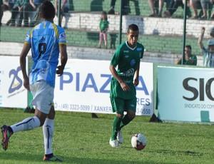 Com gol de Eliomar, Chapecoense empata com Macaé (Foto: Divulgação / Chapecoense)
